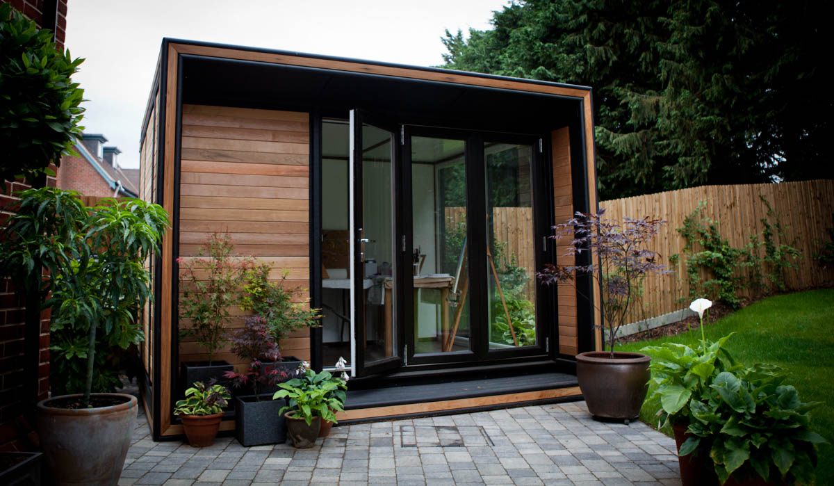 Smart garden offices for Tiny garden rooms